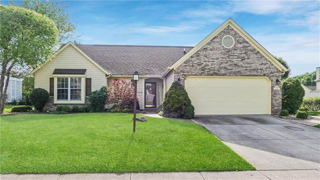7423 Saffron Drive, Indianapolis, IN 46237 (MLS #21712391) :: David Brenton's Team