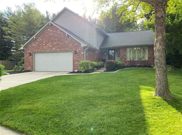 4522 Annelo Circle, Greenwood, IN 46142 (MLS #21714815) :: David Brenton's Team