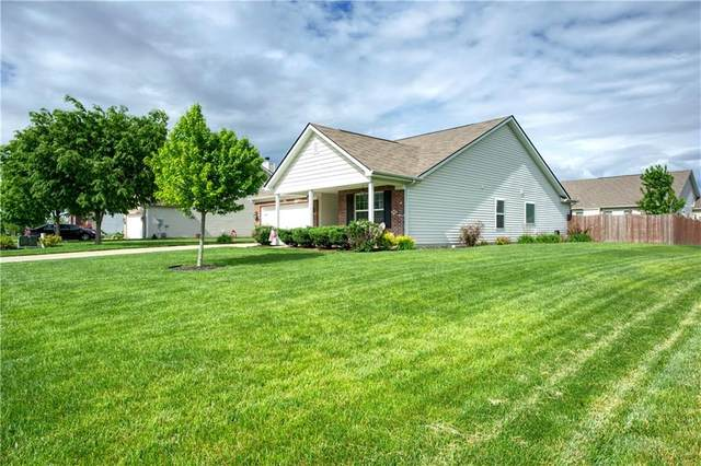 1819 Cumbria Drive, Avon, IN 46123 (MLS #21714986) :: The Indy Property Source