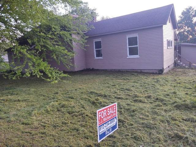 210 Center Street, Worthington, IN 47471 (MLS #21715000) :: Mike Price Realty Team - RE/MAX Centerstone