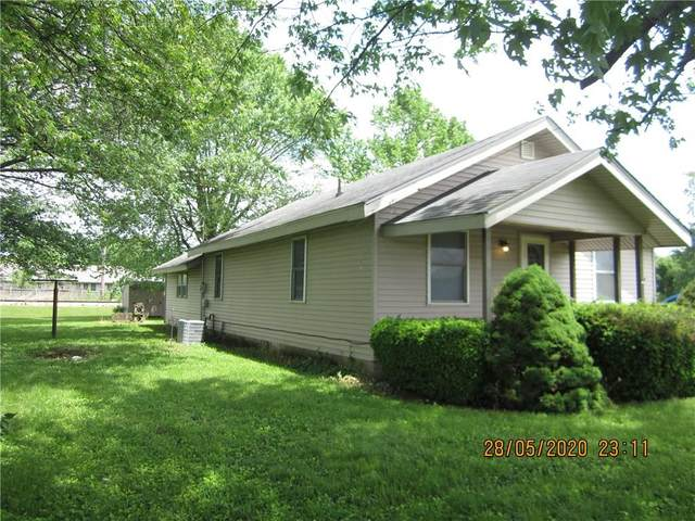 3424 W 25th Street, Anderson, IN 46011 (MLS #21715083) :: The ORR Home Selling Team