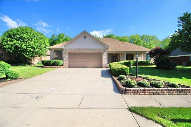 5836 Hickory Woods Drive, Plainfield, IN 46168 (MLS #21715175) :: The Indy Property Source