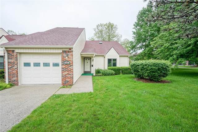 6411 Chapelwood Court, Indianapolis, IN 46268 (MLS #21715246) :: David Brenton's Team