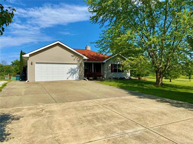 421 Rolling Woods Drive, Martinsville, IN 46151 (MLS #21715324) :: The Indy Property Source