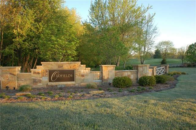 6859 Oldfields Lane, Zionsville, IN 46077 (MLS #21715434) :: Your Journey Team