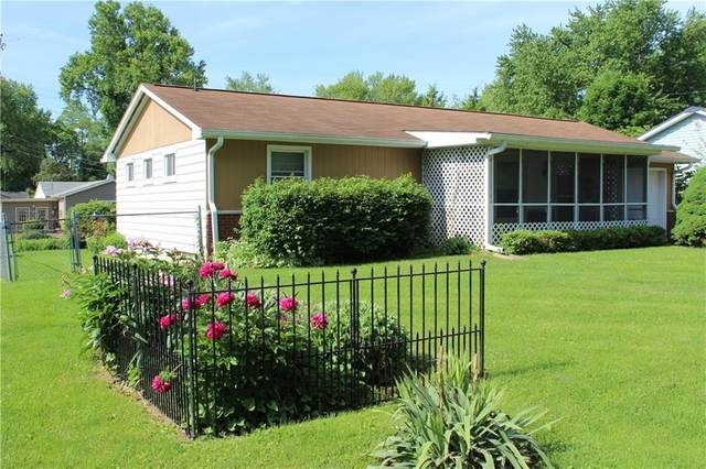 816 Stadium Drive, Greencastle, IN 46135 (MLS #21715642) :: Mike Price Realty Team - RE/MAX Centerstone