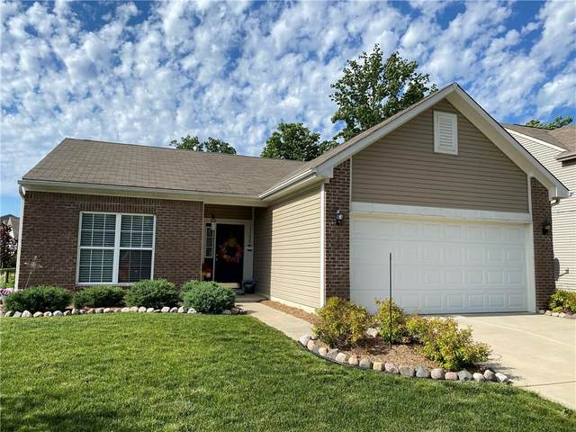 11820 Rossmore Drive, Indianapolis, IN 46235 (MLS #21715799) :: The Indy Property Source