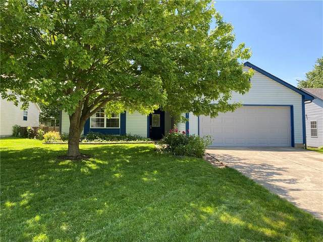 871 Meadow Court, Mooresville, IN 46158 (MLS #21715871) :: Mike Price Realty Team - RE/MAX Centerstone