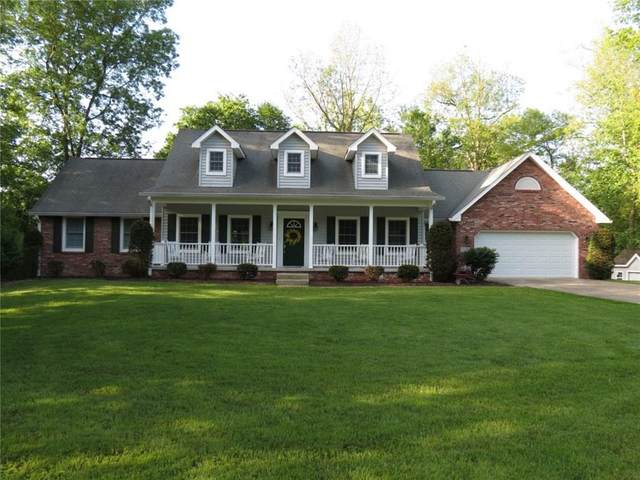 625 N Hickory Hills Drive, Columbus, IN 47201 (MLS #21715972) :: Richwine Elite Group