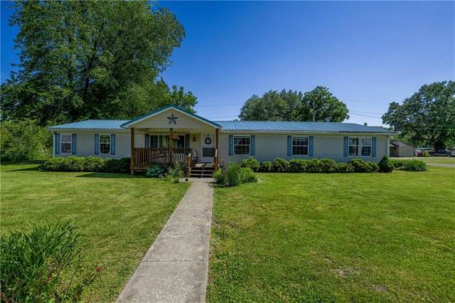 600 E Main Street, Center Point, IN 47840 (MLS #21716109) :: Heard Real Estate Team | eXp Realty, LLC