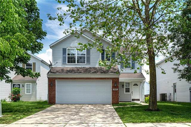 7321 Wellwood Drive, Indianapolis, IN 46217 (MLS #21716399) :: David Brenton's Team