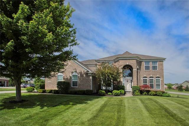 4804 S Cobblestone Drive, Zionsville, IN 46077 (MLS #21716915) :: Anthony Robinson & AMR Real Estate Group LLC