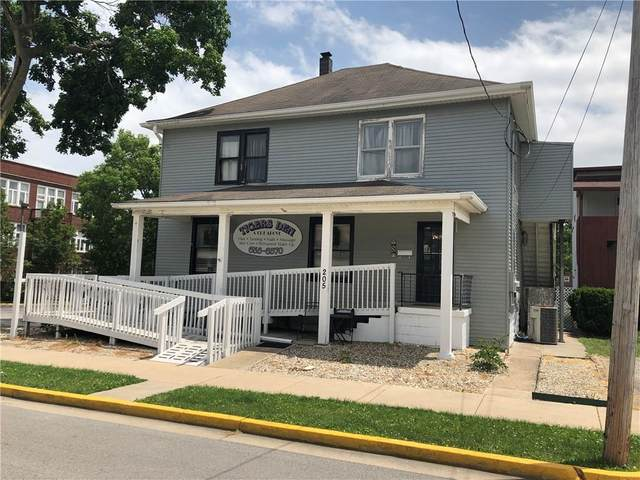 205 S Spring Street, Greencastle, IN 46135 (MLS #21718264) :: David Brenton's Team