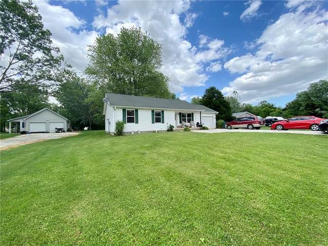 386 Mill Springs, Fillmore, IN 46128 (MLS #21718346) :: The Indy Property Source