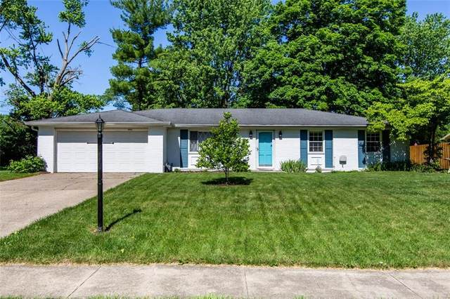 8092 Stafford Lane, Indianapolis, IN 46260 (MLS #21718464) :: The Indy Property Source