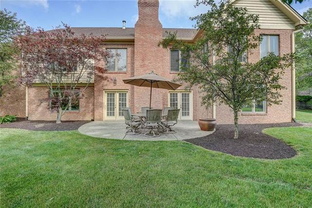 12135 Thicket Hill Circle, Carmel, IN 46033 (MLS #21718558) :: Richwine Elite Group