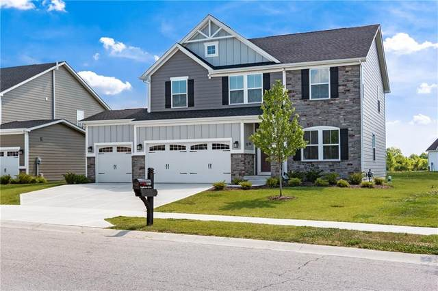 11987 Eagleview Drive, Zionsville, IN 46077 (MLS #21719239) :: The Indy Property Source