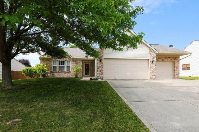 486 Yorktown Drive, Avon, IN 46123 (MLS #21719960) :: Anthony Robinson & AMR Real Estate Group LLC