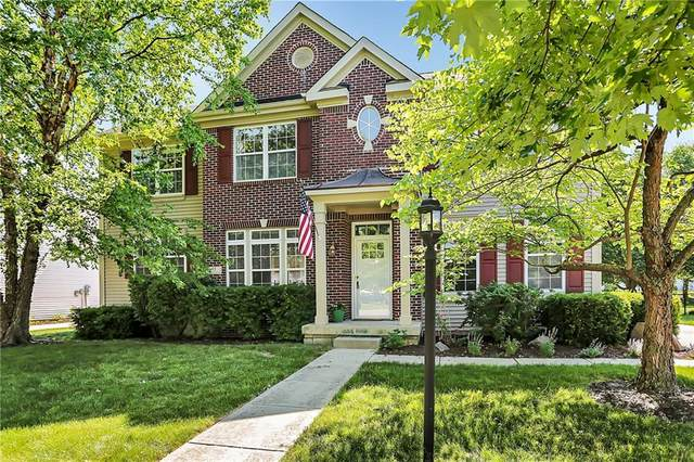 55 Carriage Lake Drive, Brownsburg, IN 46112 (MLS #21720116) :: Mike Price Realty Team - RE/MAX Centerstone