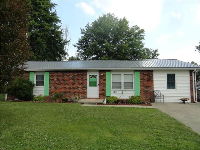 123 E Harrison Drive, Seymour, IN 47274 (MLS #21721553) :: The Indy Property Source