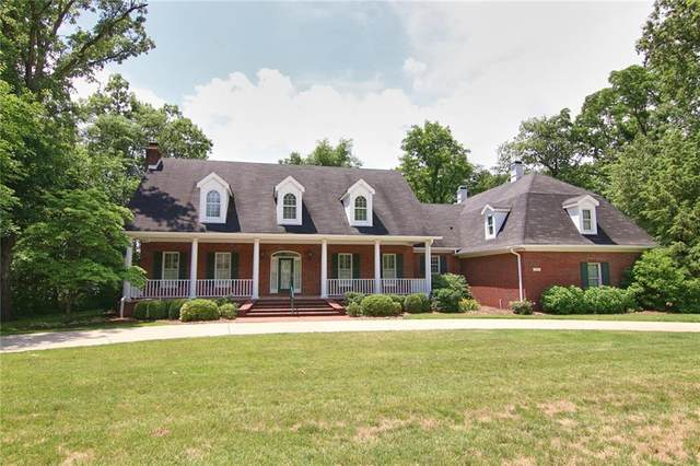 1219 Vanderbilt Drive, Anderson, IN 46011 (MLS #21721556) :: AR/haus Group Realty