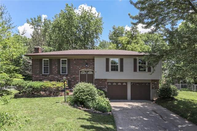 575 Shady Creek Drive, Greenwood, IN 46142 (MLS #21721783) :: The Indy Property Source