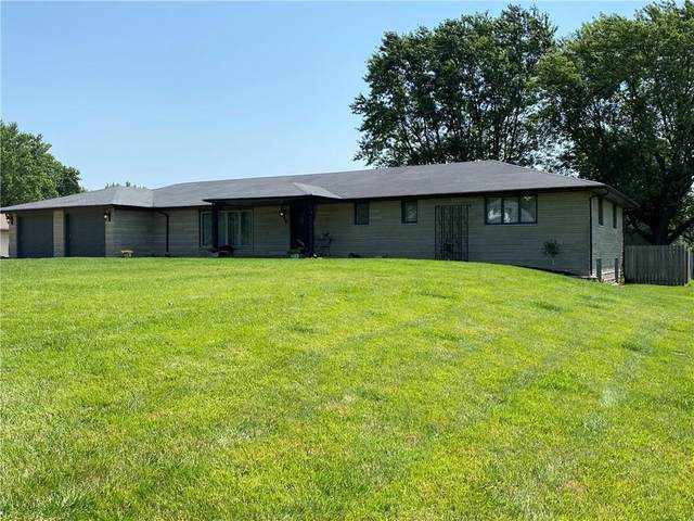 1408 N 200 E, Anderson, IN 46012 (MLS #21722210) :: The Indy Property Source