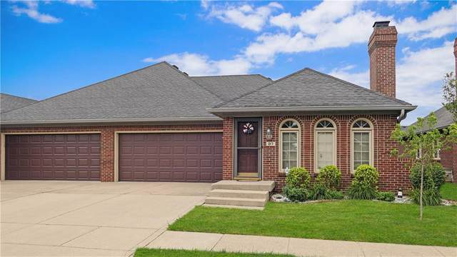 217 Andrews Boulevard, Plainfield, IN 46168 (MLS #21722364) :: David Brenton's Team