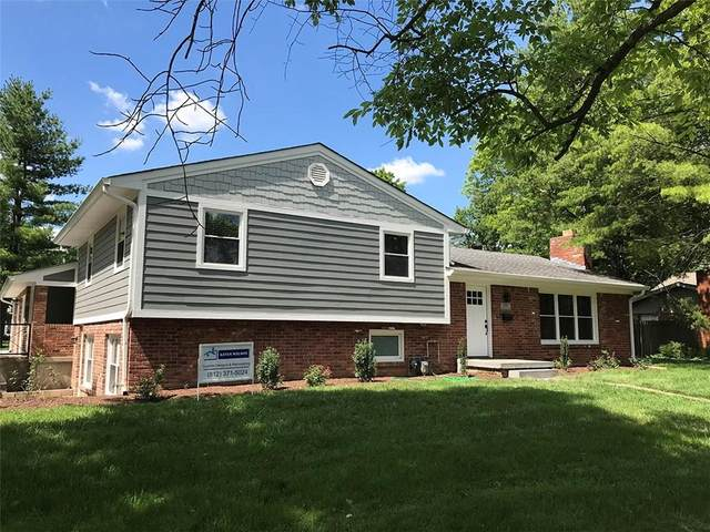 4002 Roselawn Avenue, Columbus, IN 47203 (MLS #21722674) :: Mike Price Realty Team - RE/MAX Centerstone