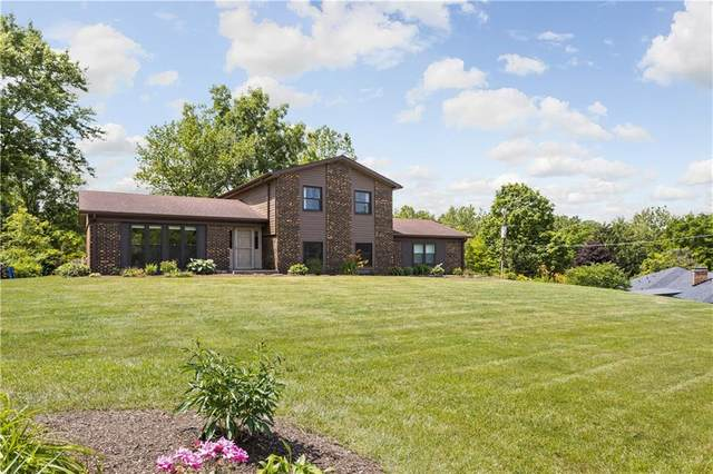 9365 W Oak Street, Zionsville, IN 46077 (MLS #21722786) :: Mike Price Realty Team - RE/MAX Centerstone