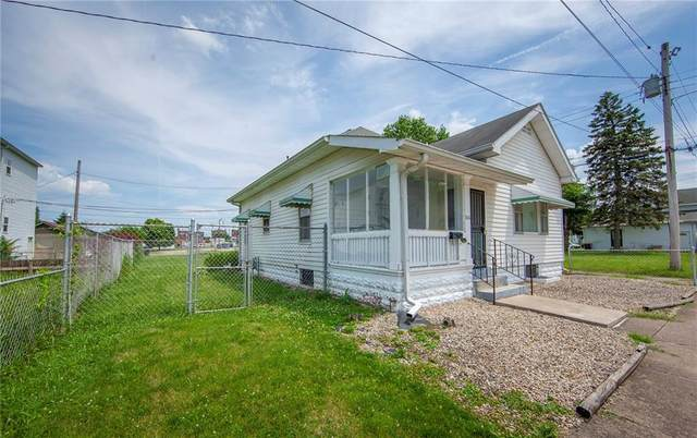 616 Brown St, Anderson, IN 46016 (MLS #21722843) :: The Indy Property Source