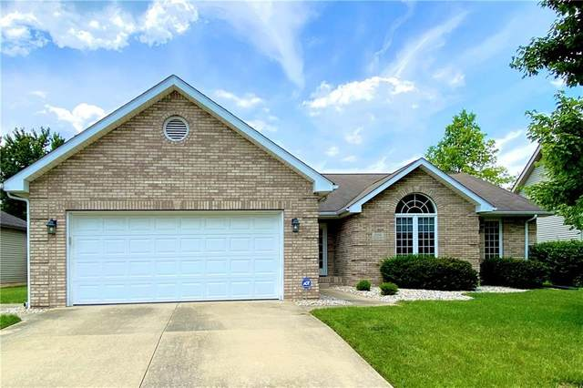 2298 Cameron Drive, Columbus, IN 47203 (MLS #21722890) :: David Brenton's Team