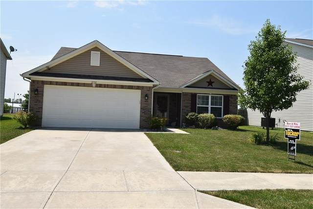 2731 Winding Creek Lane, Greenfield, IN 46140 (MLS #21722937) :: Anthony Robinson & AMR Real Estate Group LLC