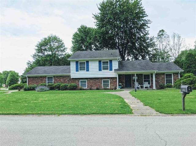 935 Woodmere Drive, Indianapolis, IN 46260 (MLS #21724058) :: The Evelo Team