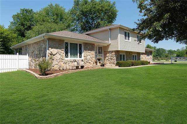 2602 S Morristown Pike, Greenfield, IN 46140 (MLS #21724078) :: The Indy Property Source