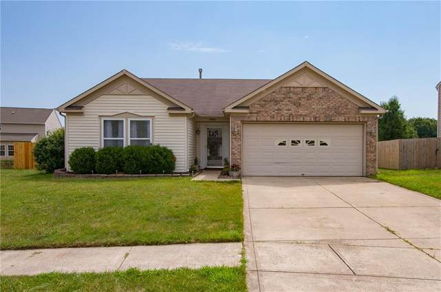 2989 Underwood Court, Whiteland, IN 46184 (MLS #21724079) :: The Indy Property Source