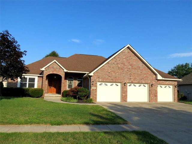 3230 Overlook Court, Columbus, IN 47203 (MLS #21724123) :: The Indy Property Source