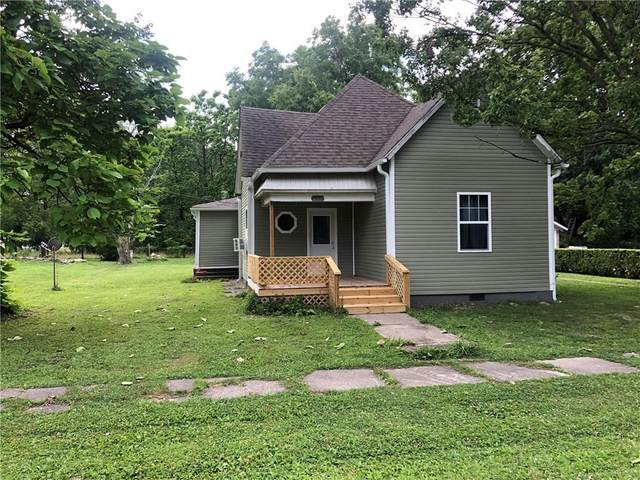 14757 N Poplar Street, Carbon, IN 47837 (MLS #21725209) :: Mike Price Realty Team - RE/MAX Centerstone