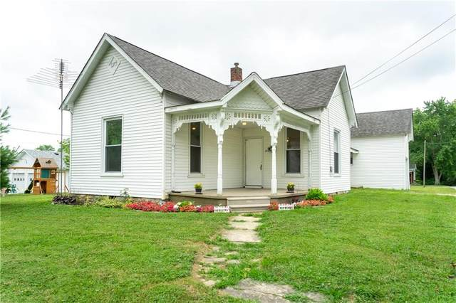 315 E College Street, Hartsville, IN 47244 (MLS #21725242) :: David Brenton's Team