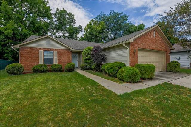8458 Southern Springs Drive, Indianapolis, IN 46237 (MLS #21725304) :: The Indy Property Source