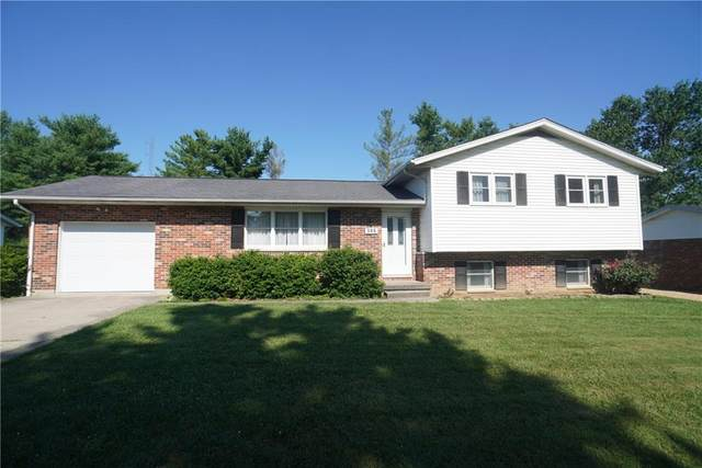365 Pheasant Run Drive, Batesville, IN 47006 (MLS #21725341) :: David Brenton's Team
