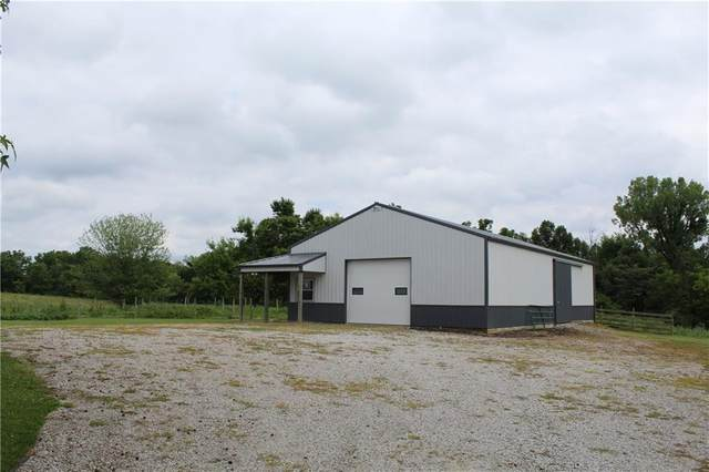 1370 W County Road 100 N, Greencastle, IN 46135 (MLS #21725434) :: Mike Price Realty Team - RE/MAX Centerstone