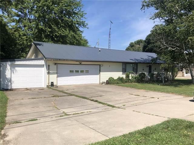 3217 S State Road 103, New Castle, IN 47362 (MLS #21725515) :: Mike Price Realty Team - RE/MAX Centerstone