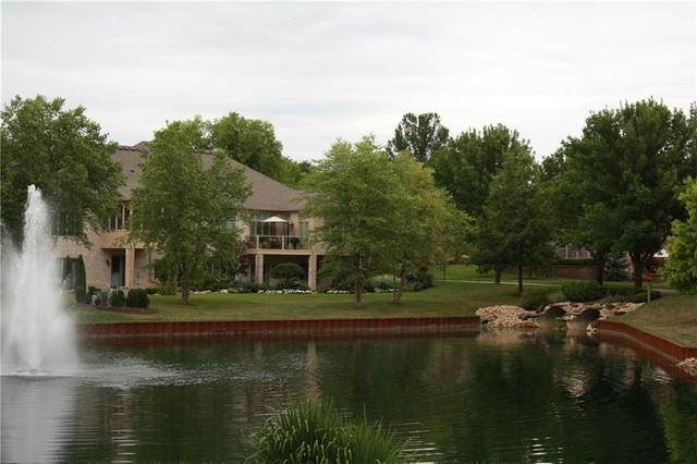 1583 Hazelwood Court W #117, Greenwood, IN 46143 (MLS #21725715) :: The ORR Home Selling Team