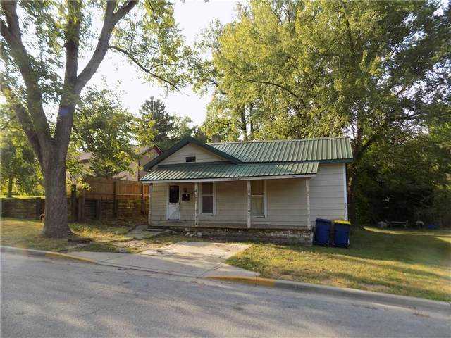 406 W Franklin Street, Greencastle, IN 46135 (MLS #21726052) :: Mike Price Realty Team - RE/MAX Centerstone