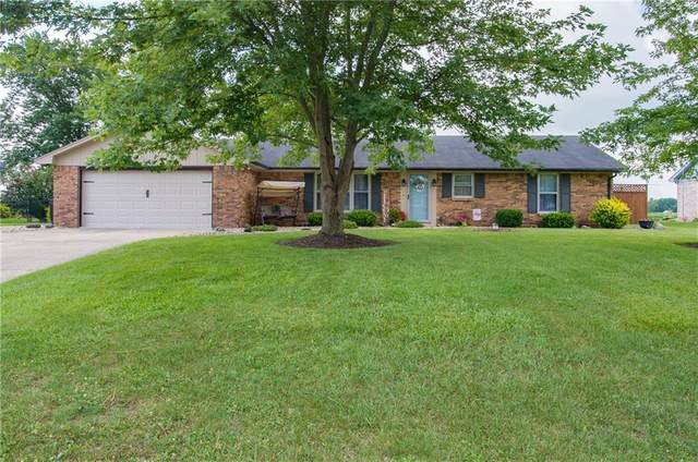 2733 W Deshong Drive, Pendleton, IN 46064 (MLS #21726500) :: Mike Price Realty Team - RE/MAX Centerstone