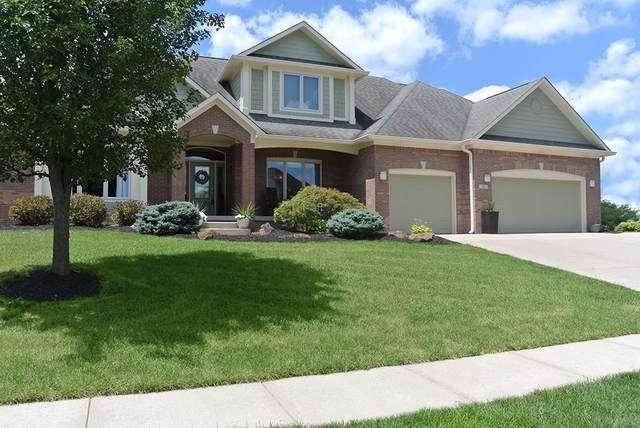 747 Willow Pointe South Drive, Plainfield, IN 46168 (MLS #21727803) :: Mike Price Realty Team - RE/MAX Centerstone