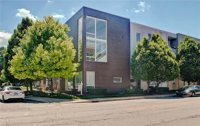 932 N Broadway Street #8, Indianapolis, IN 46202 (MLS #21728109) :: Mike Price Realty Team - RE/MAX Centerstone