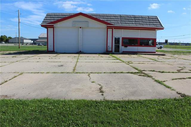 1325 W South Street, Lebanon, IN 46052 (MLS #21728562) :: Mike Price Realty Team - RE/MAX Centerstone