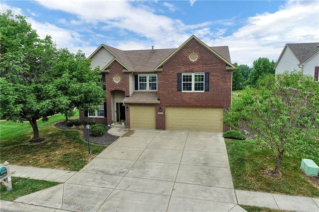 8316 Thorn Bend Drive, Indianapolis, IN 46278 (MLS #21728673) :: Mike Price Realty Team - RE/MAX Centerstone